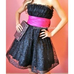 Betsey Johnson evening dress switch pink sash
